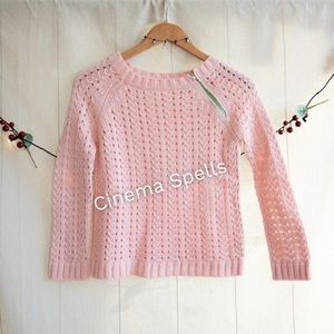 Pink Sweater ASO Summer Roberts in The OC